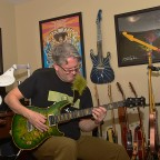 Keys to Improving Your Guitar Playing